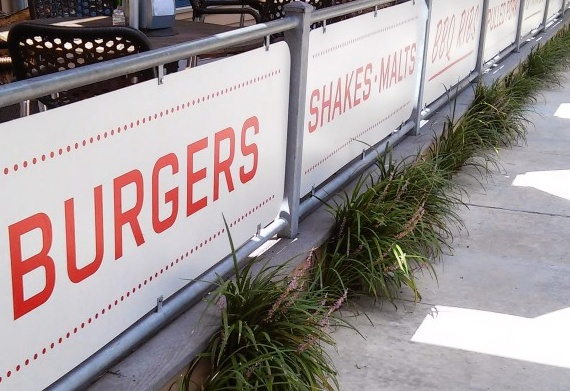 Burgers, Bar-B-Que ,Shakes & Malts at Mia's Table