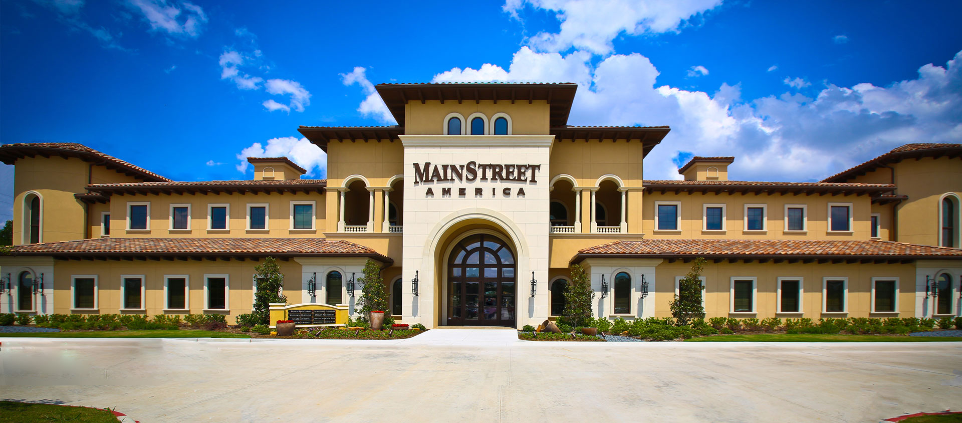 MainStreet America: Fine Furnishings + Fantastic Food